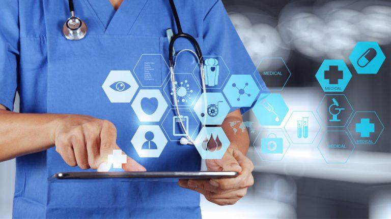 Médicos que recetan tecnología